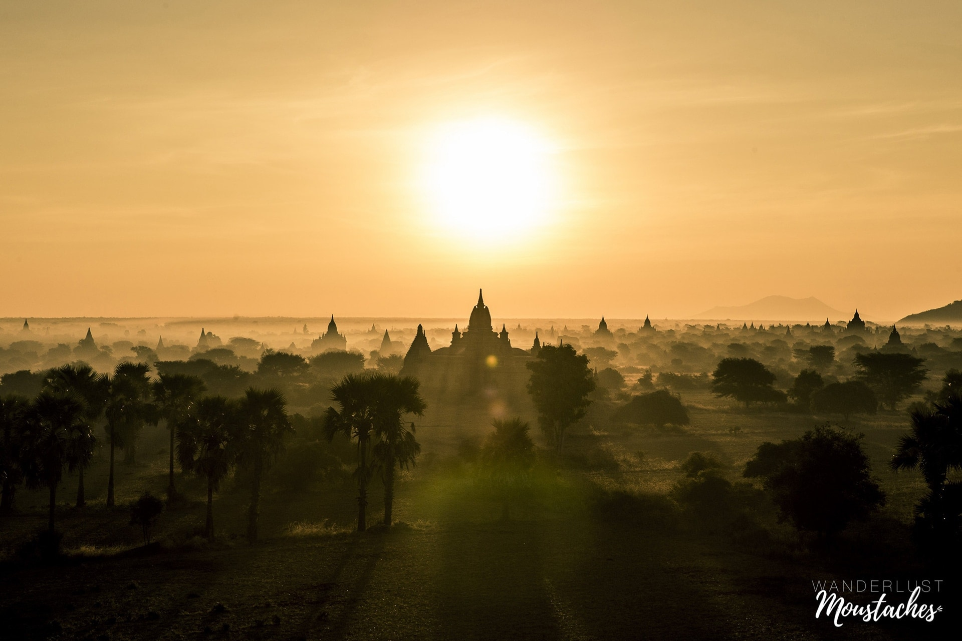 Birmanie / Myanmar : les ruines de Bagan