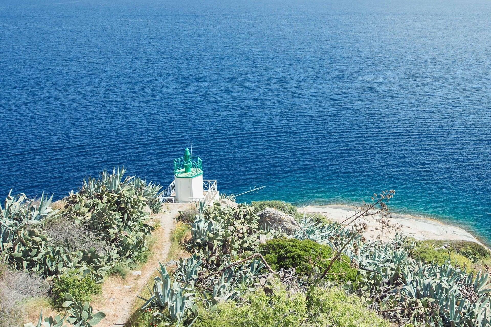 blog-voyage-sabine-kley-corse-balagne-calvi-phare