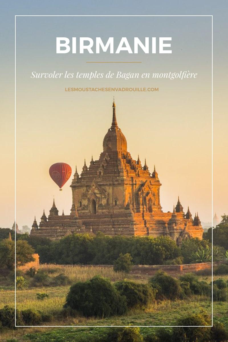 Temple et montgolfière à Bagan en Birmanie