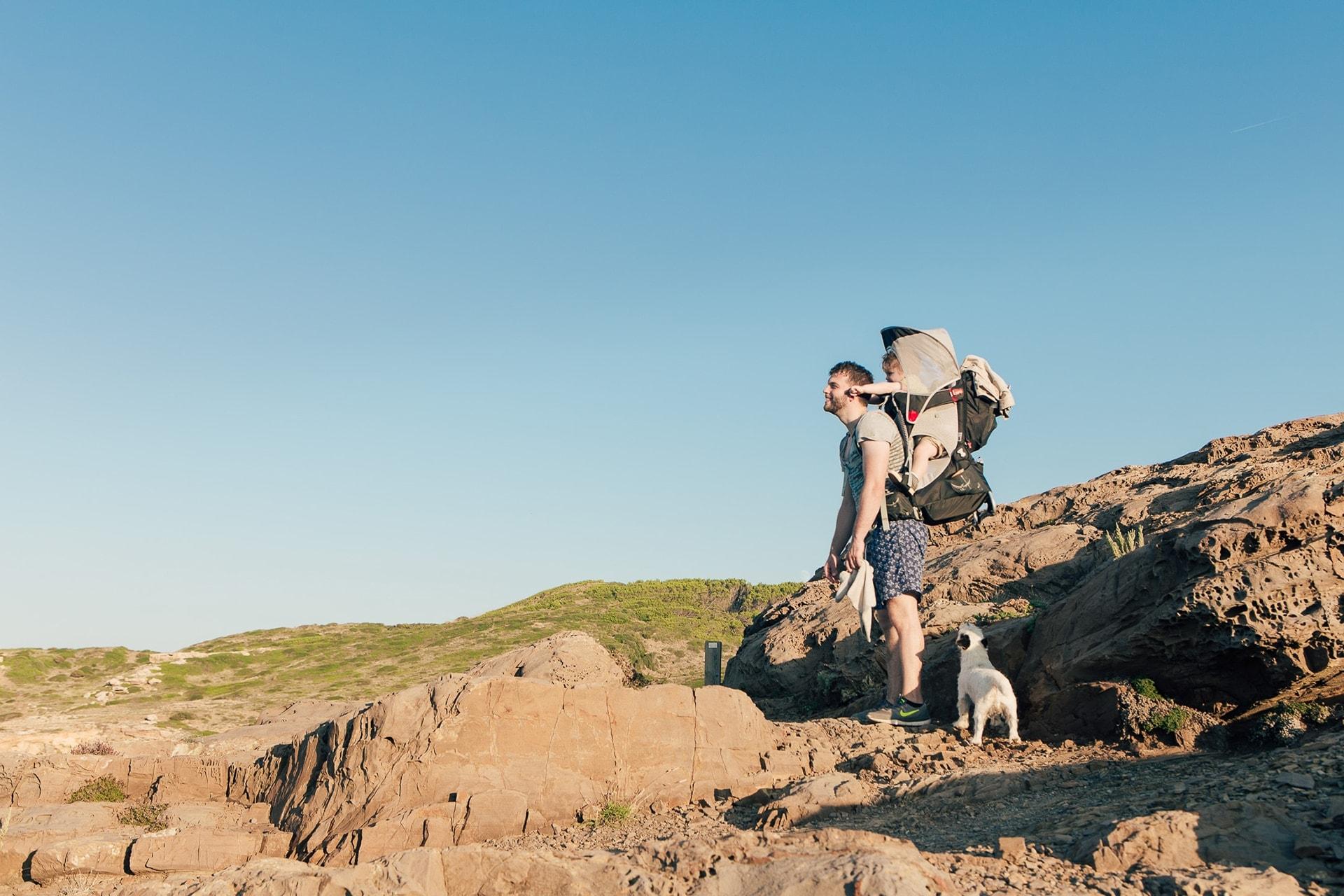 Hugues, Soren et Jimi en randonnée sur le Cami de Cavalls