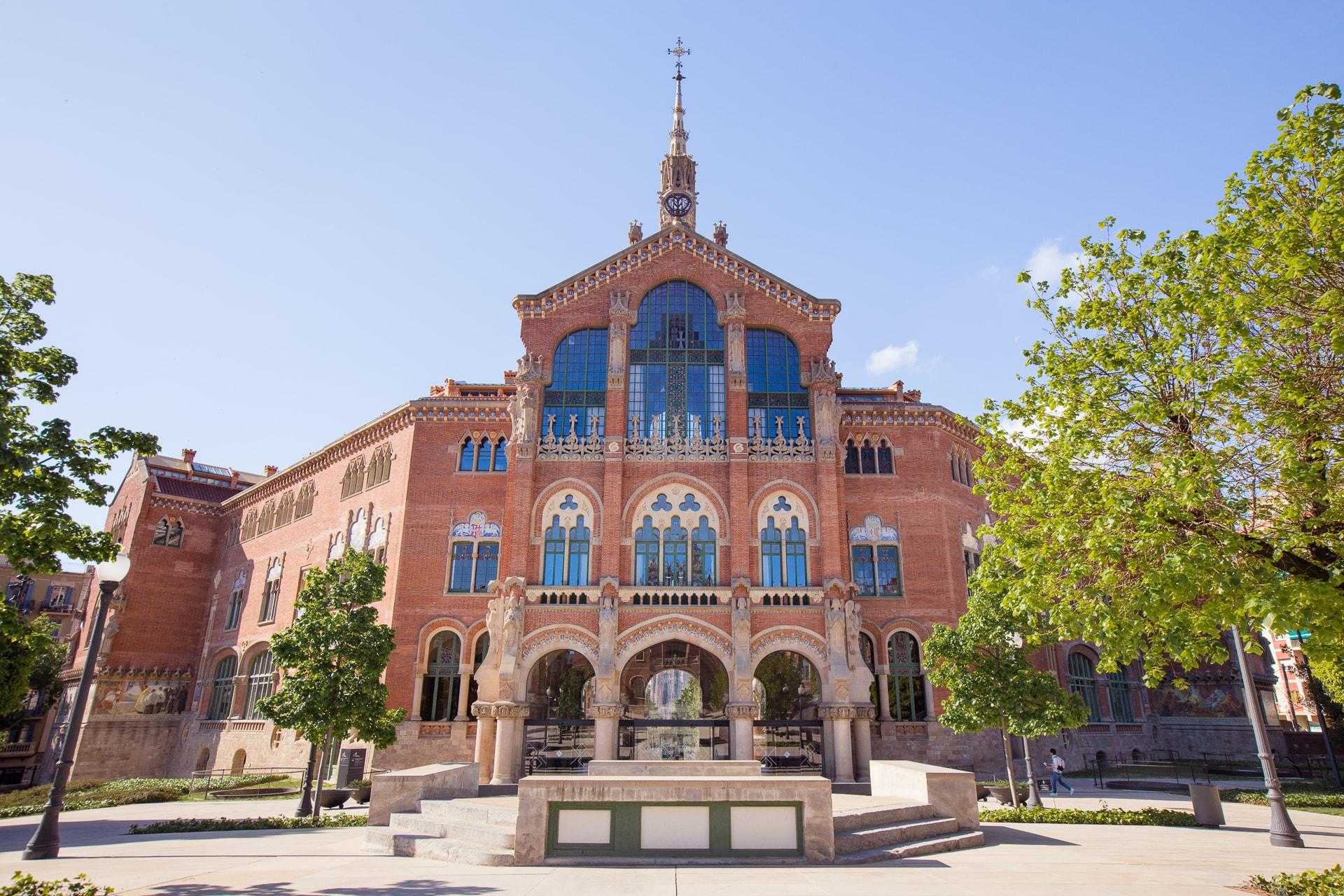 Le pavillon administratif de l'hospital Sant Pau à Barcelone