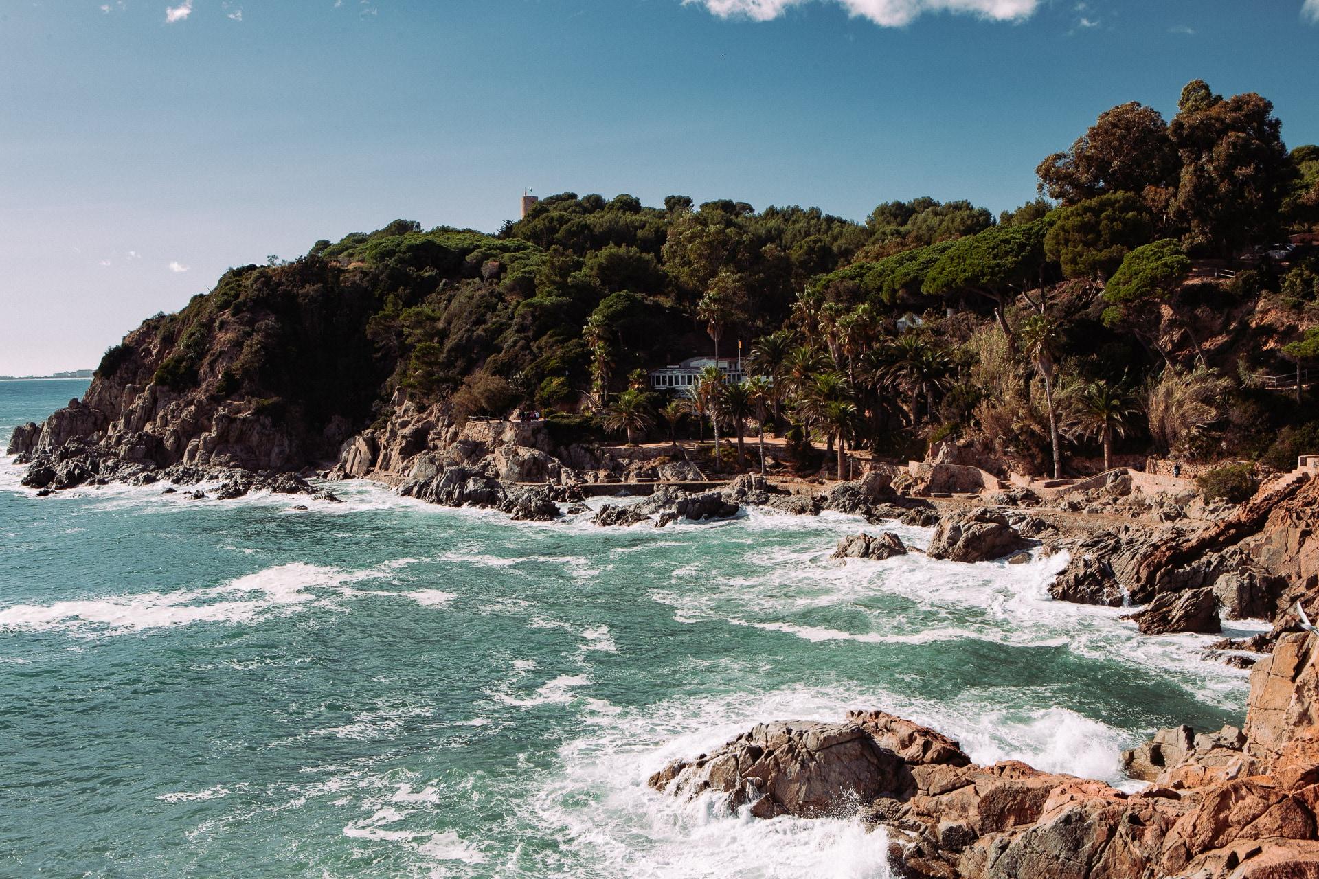Paysage sublime de la Cala Banys à Lloret de mar