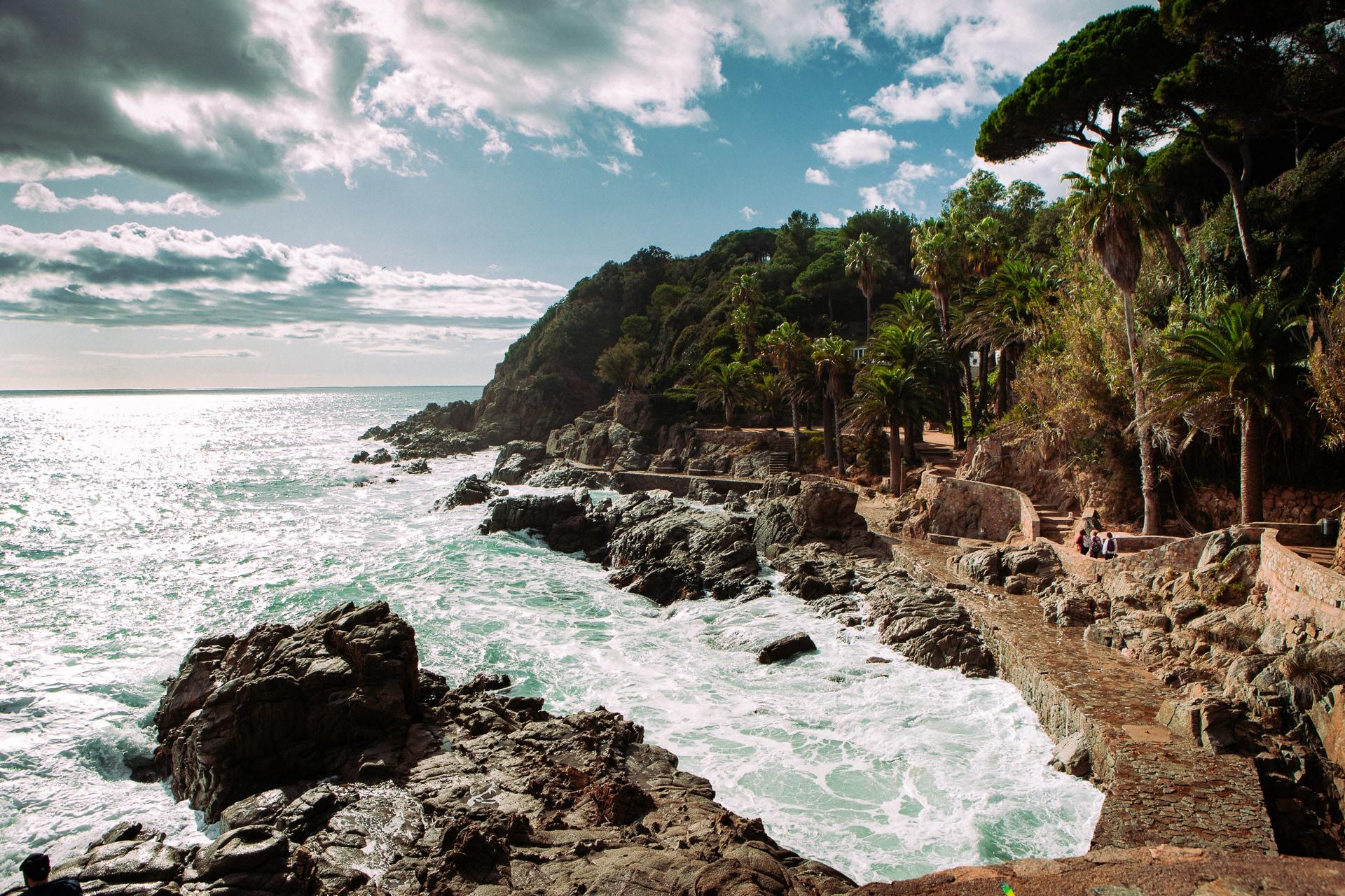 Promenade sur la Cala Banys à Lloret de Mar