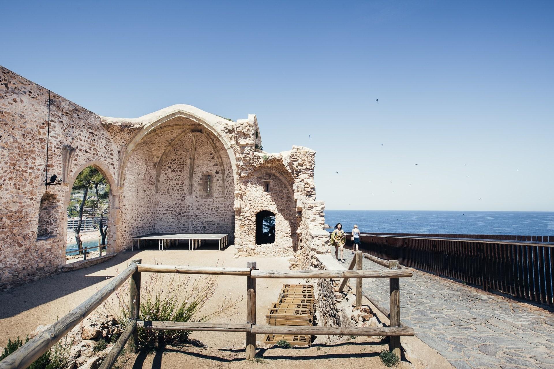 Ruines de l'église Saint Vincent de Tossa de Mar