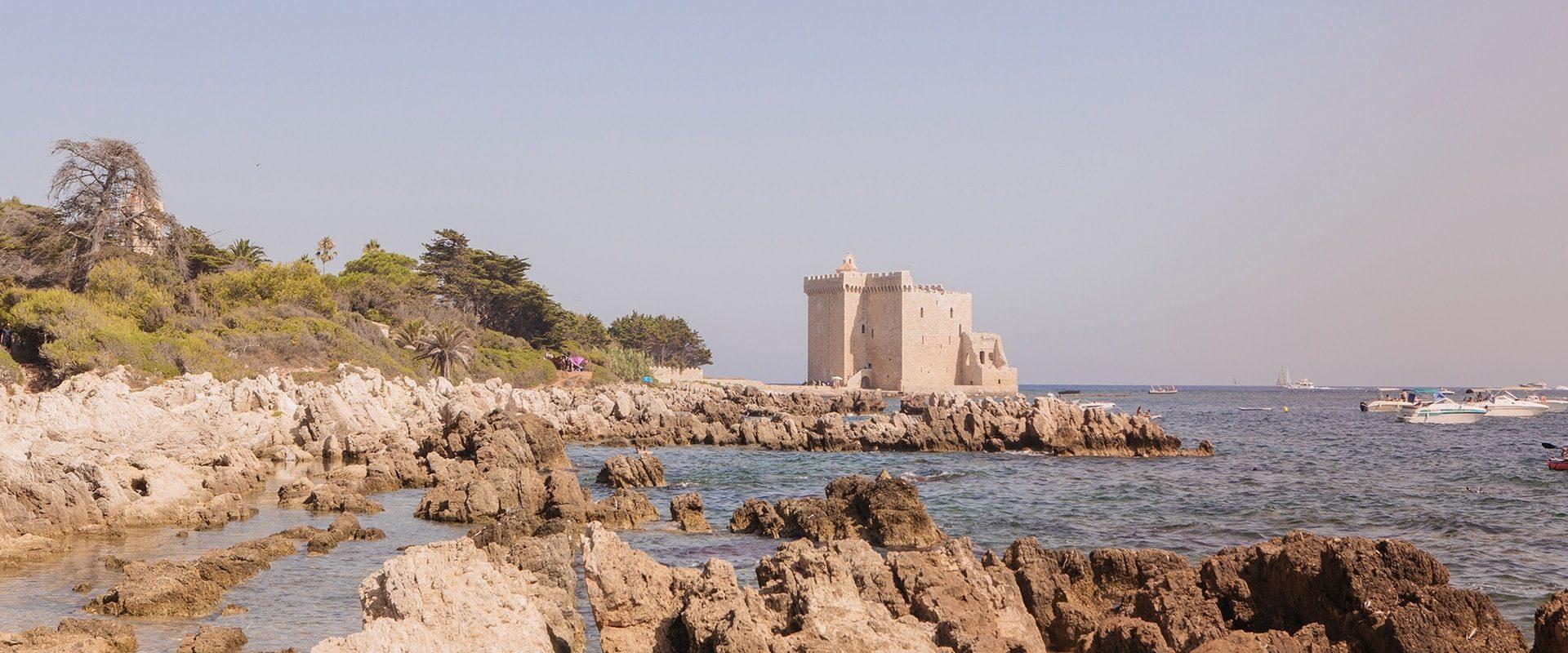 Cannes : Une Journée Sur L'île Saint-Honorat