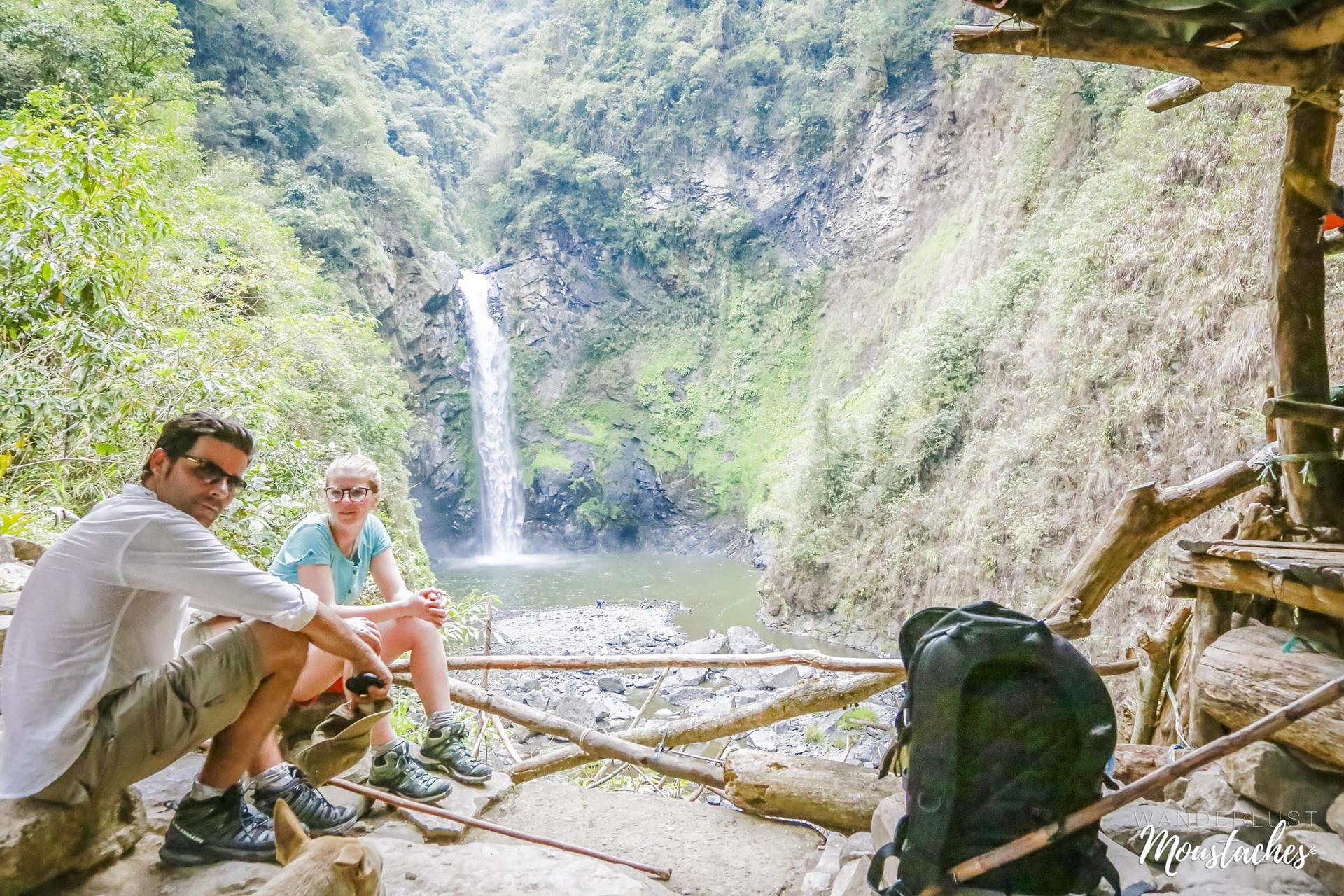 Sabine et Sébastien devant les Tappiya Falls près de Batad aux Philippines